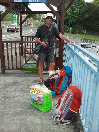 40kg Einkauf per Bus und zu Fuß und damit zum Dingi
