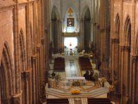 Basilica del Voto Nacional: Kirchenschiff