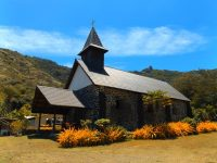 Schmucke Dorfkirche in Taaoa