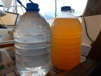links trinkbares Regenwasser rechts Wasser aus dem öffentlichen Trinkwassernetz