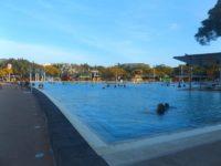 Swimmingpool: frei zugänglich als Strandersatz