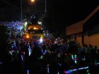 4_MIDNIGHTMAS: bunte Lichtermassen