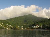 Malerische Chateaubelair Bay auf St. Vincent als Zwischenstop