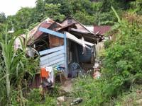 Port Antonio: solche Häuser sind tatsächlich bewohnt