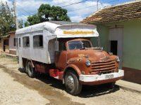 LKW-Bus für Einheimische