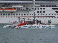 1Montego Bay: Urlauberspaß Katamaransegeln