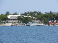 Bloody Bay: schöne Strände schicke Hotels