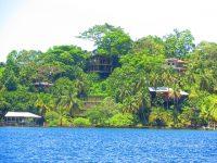 Häuser nur per Boot zu erreichen