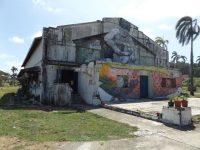 altes-theater-dient-als-segelmacherwerkstatt-in-der-shelter-bay-2