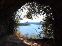 Spaziergang: Blick auf den Rio Chagres: Überlauf des Gatun Sees/ Panamakanal